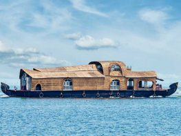 house-boats