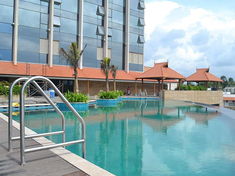 crown-plaza-hotel-kerala-kochi-4